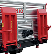 Manual crawler tractors loading ramps with support stands