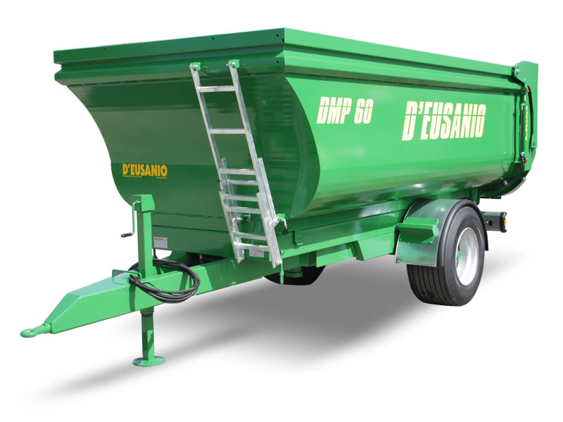 Dumper trailer for transport fitted with rear hydraulic Tilting system. Up to 6.000 kg capacity