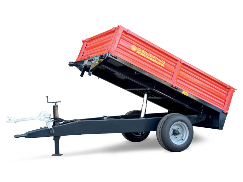 Single axle trailer with rear hydraulic titlting System. Up to 2.800 kg capacity