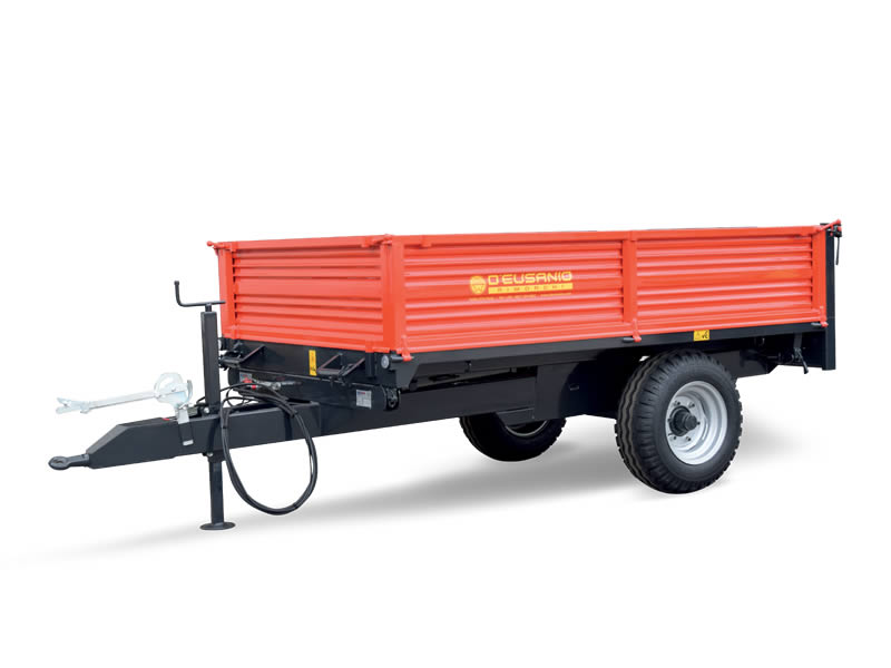 Single axle trailer with trilateral hydraulic Tilting system. Up to 6.000 kg capacity