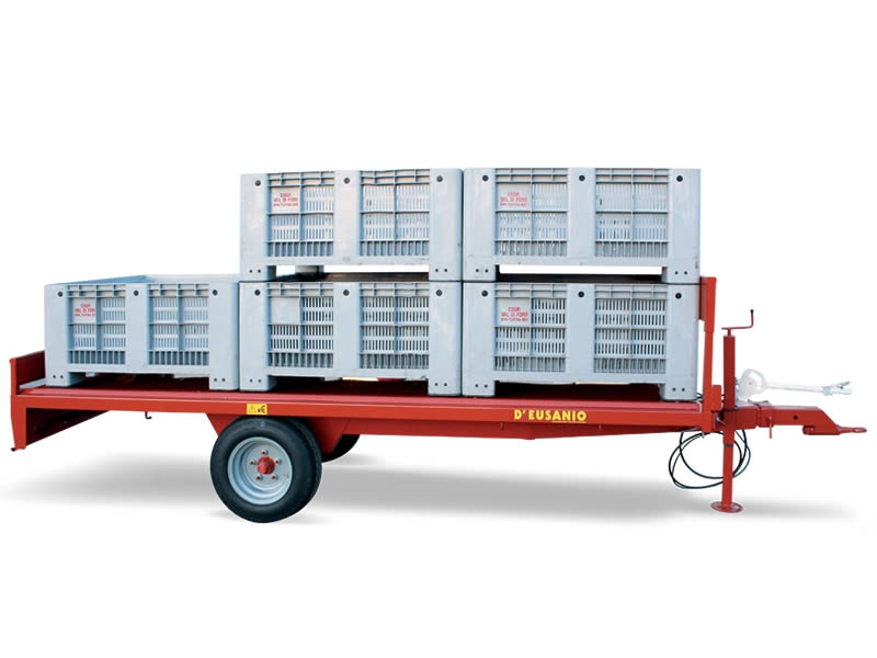 Fixed platform single axle trailer for large Cases carriage. Up to 2.500 kg capacity